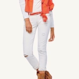 CAbi white ivory distressed slim boyfriend jeans 6